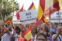 Catalanes sin claveles. Por CarmenÁlvarez